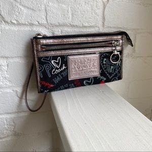 Coach Poppy Graffiti Large Wristlet / Wallet